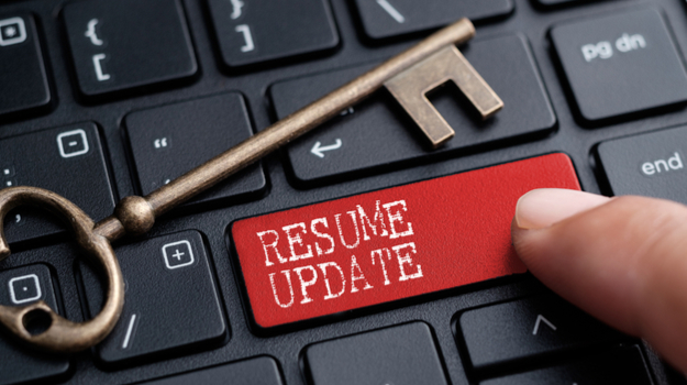 why you should update your resume now even if you re not looking