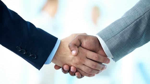 Handshake_Compressed