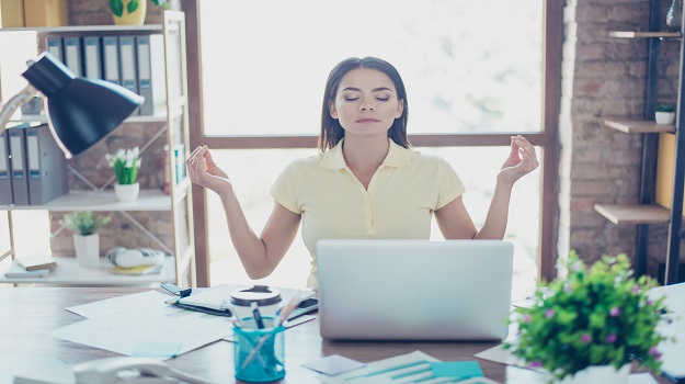 5 Ways to Maintain Your Peace of Mind in a Toxic Environment